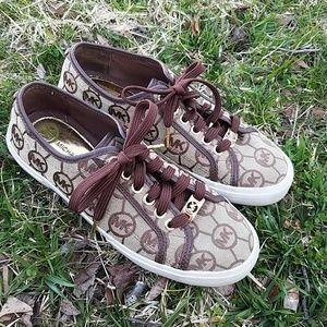 Michael Kors Tennis Shoes Size 6 Signature MK